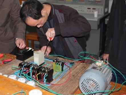 打算办理建设厅的建筑电工证哪里可以考到呢