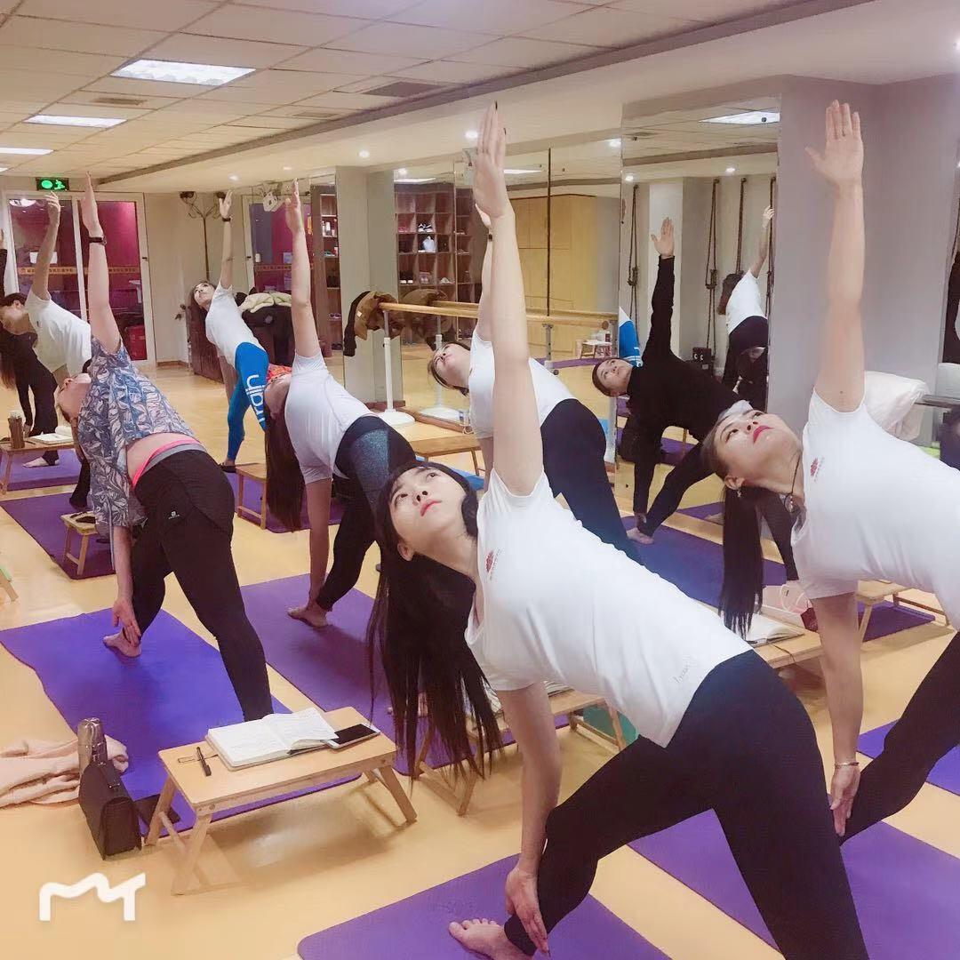 沈阳威思丽瑜伽学校孕妇瑜伽课程