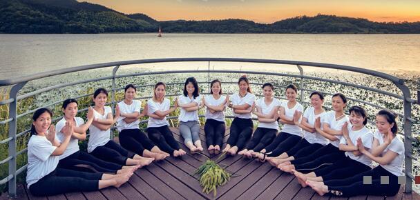 台州静缘瑜伽培训中心