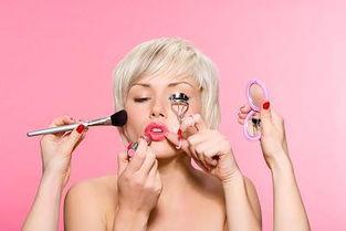 太仓玫瑰之恋专业培训化妆|造型|美甲