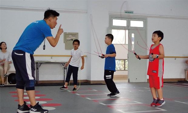杭州宏优中小学生游泳/羽毛球培训学校